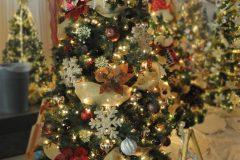 11 Be Well This Holiday Season b